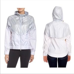 Nike Windrunner zip up jacket L